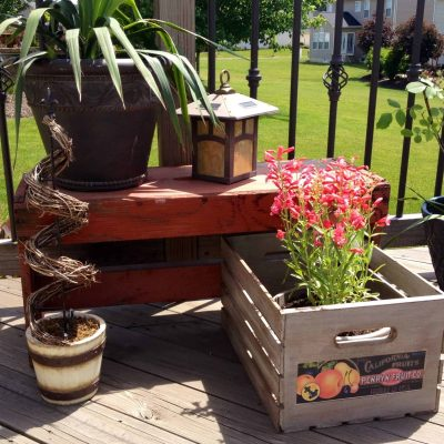 DIY Vintage Crates + old pictures